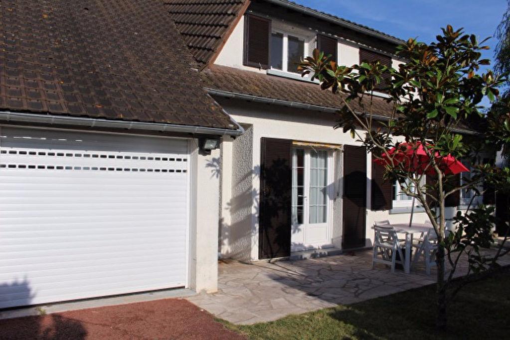 Maison Dordives 5 pi�ce(s) 130 m2