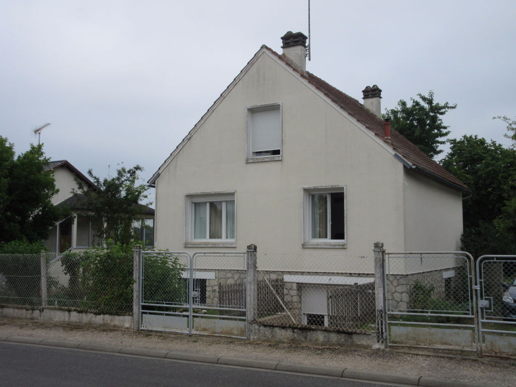 Maison Amilly 4 pi�ce(s) 91 m2