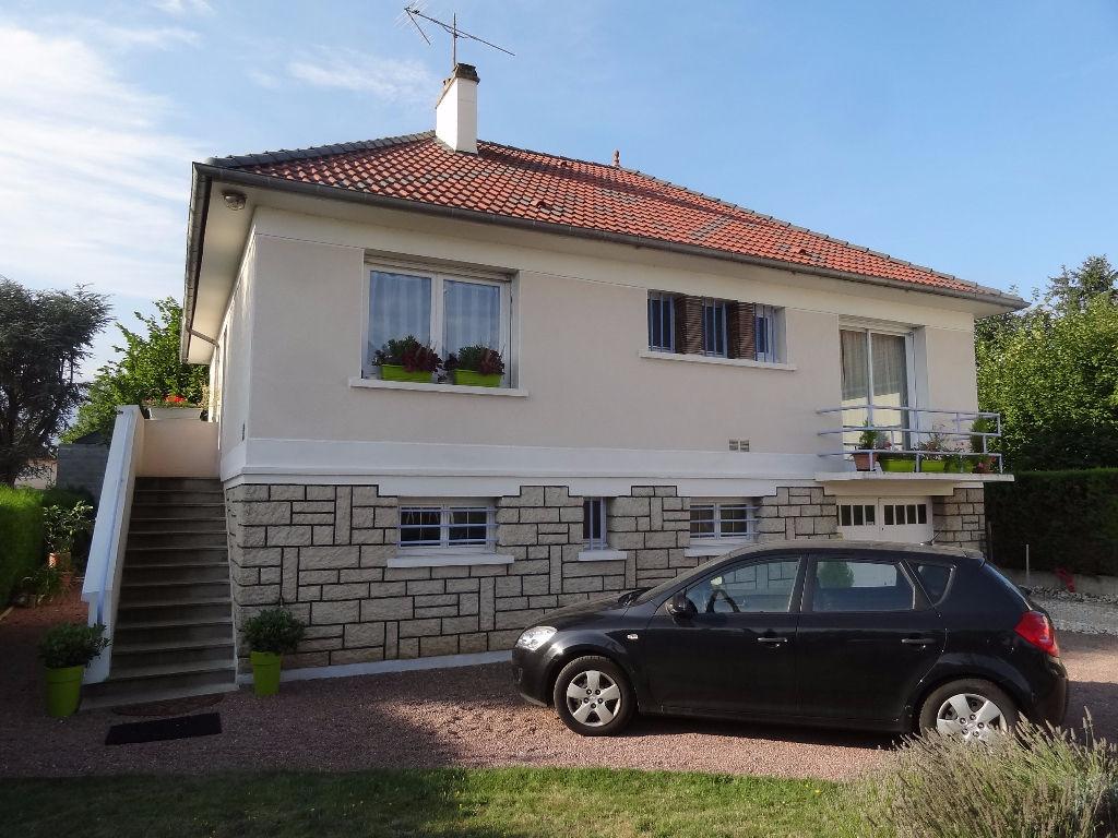 Maison Amilly 4 pi�ce(s) 82 m2