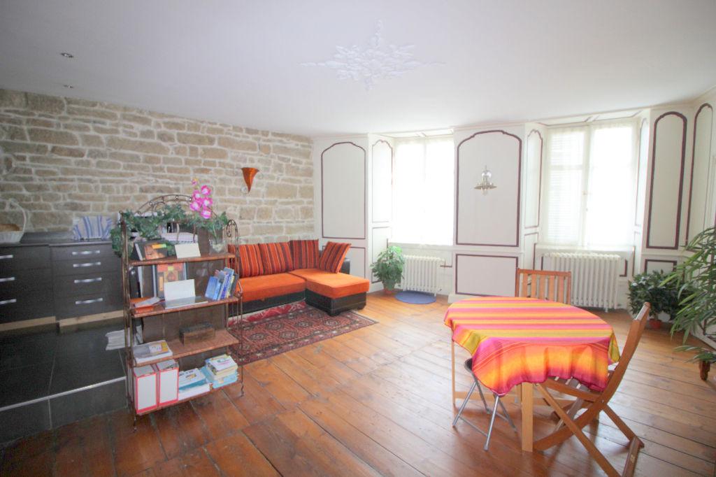 Appartement  2 pièce(s) 69 m2