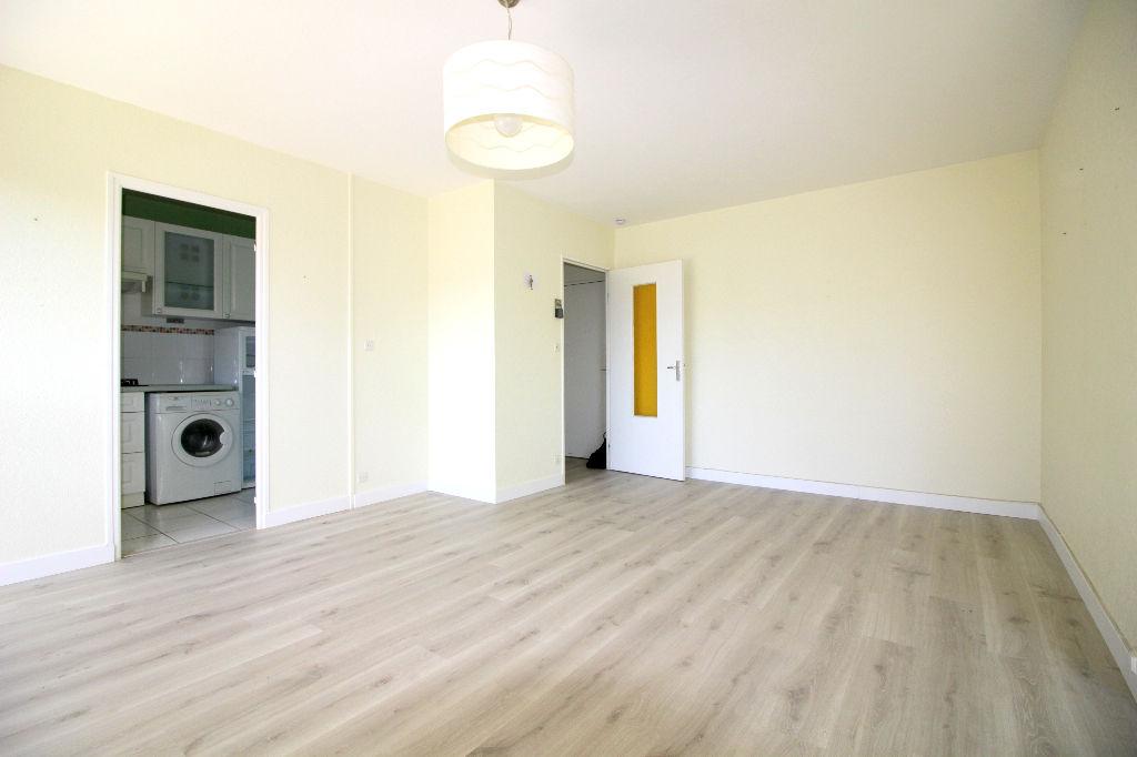 Appartement Vannes 2 pièce(s) 46 m²