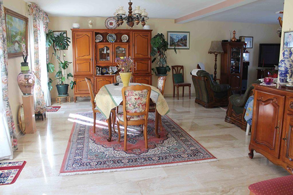 Maison traditionnel en parfait état