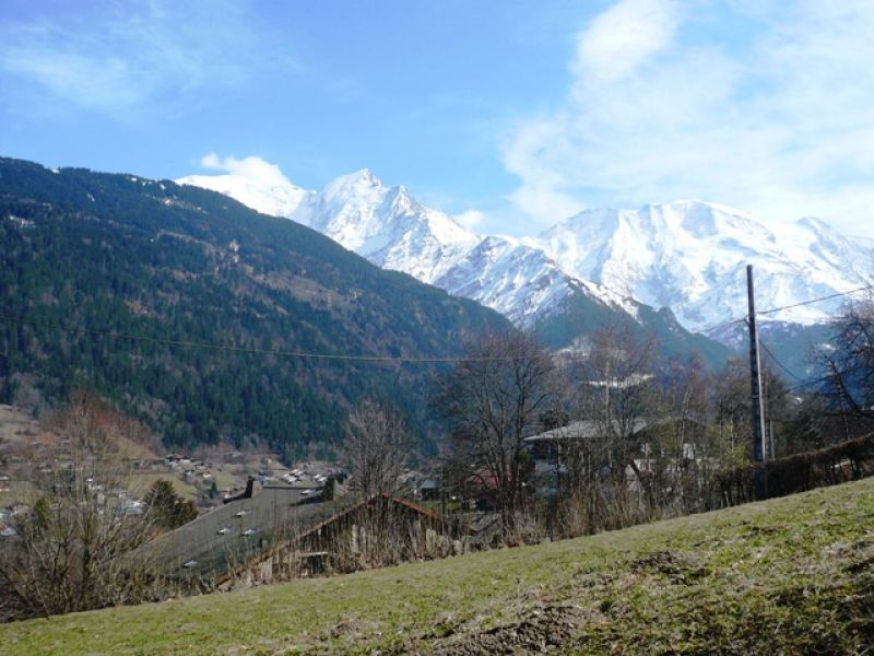 Tr�s belle parcelle de terrain, proche village, route du Bettex