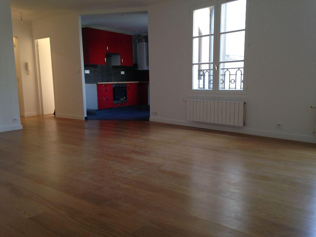 Appartement 6 pi�ces Duplex location  Saint Germain En Laye