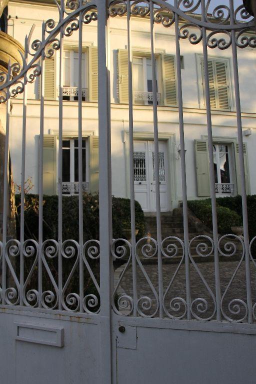 A VENDRE MAISON DE MAÎTRE 10 pièces 265 m2 -Vue Seine