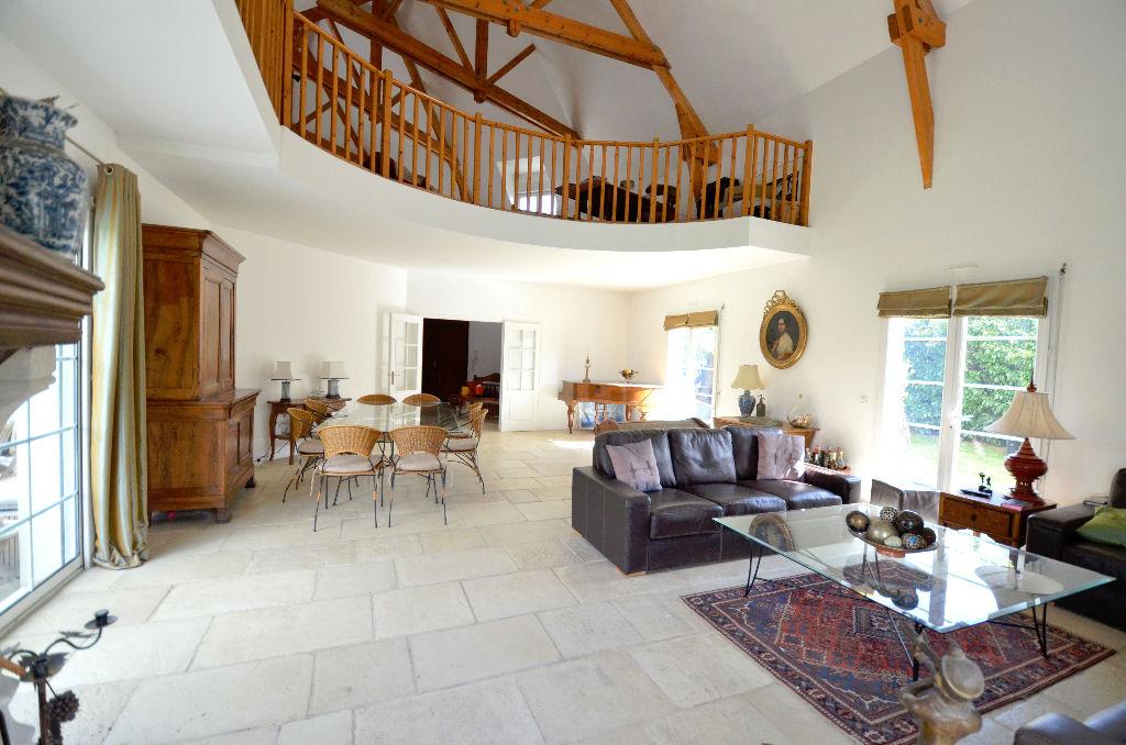A vendre Maison Orgeval 7 pièce(s) 235 m2