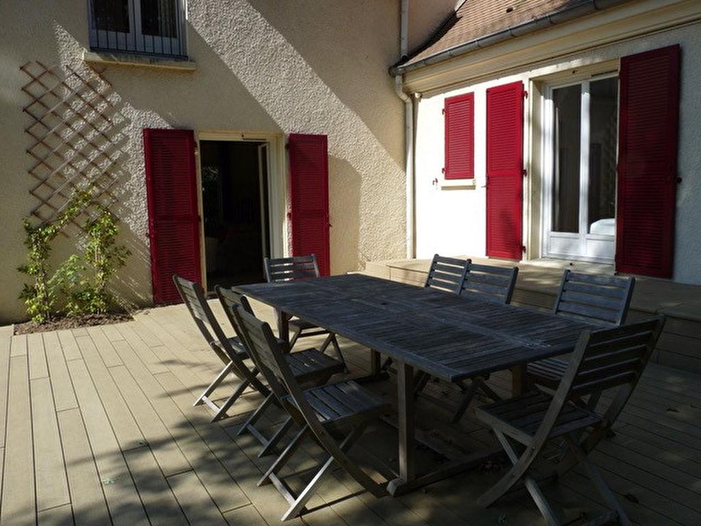 Maison Saint Nom La Breteche 8 pièce(s) 260 m2
