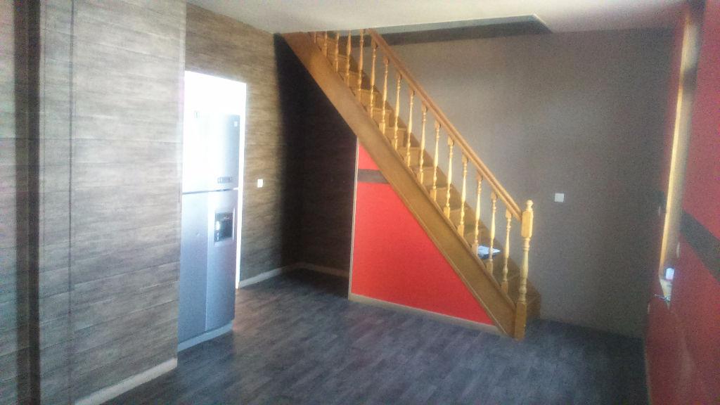 location bureau commerce h nin beaumont 5 pi ces 100m. Black Bedroom Furniture Sets. Home Design Ideas