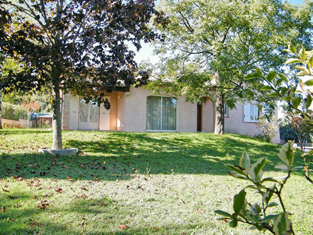 Villa Alès quartier résidentiel au calme 155 m2 habitable terrain 1010 m2