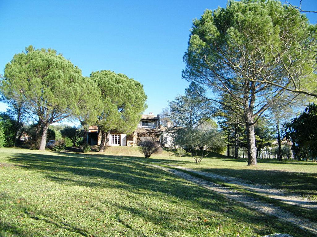 St Christol-les-alès villa  7 pièces 207 m2 terrain 3 445 m2 (constructible) secteur calme