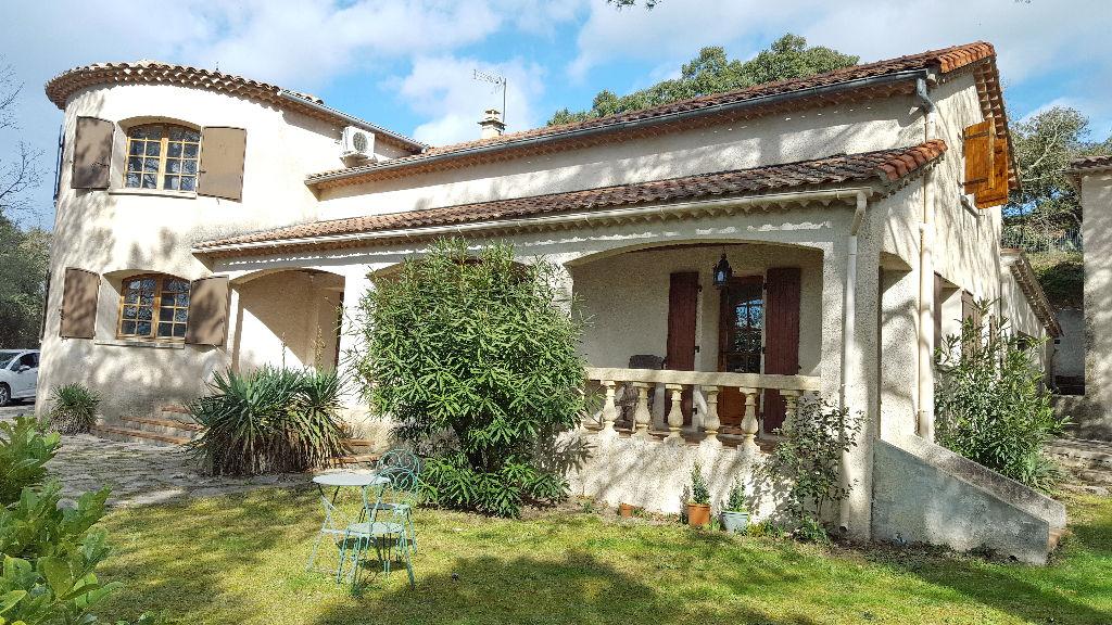 St Privat des Vieux villa 255 m2 hab. terrain 5 140 m2 vue imprenable  piscine