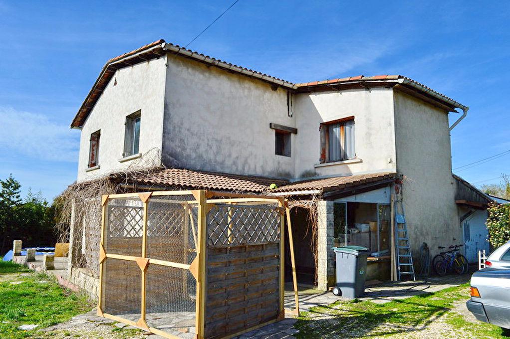 Maison type 6 terrain env. 1300 m2