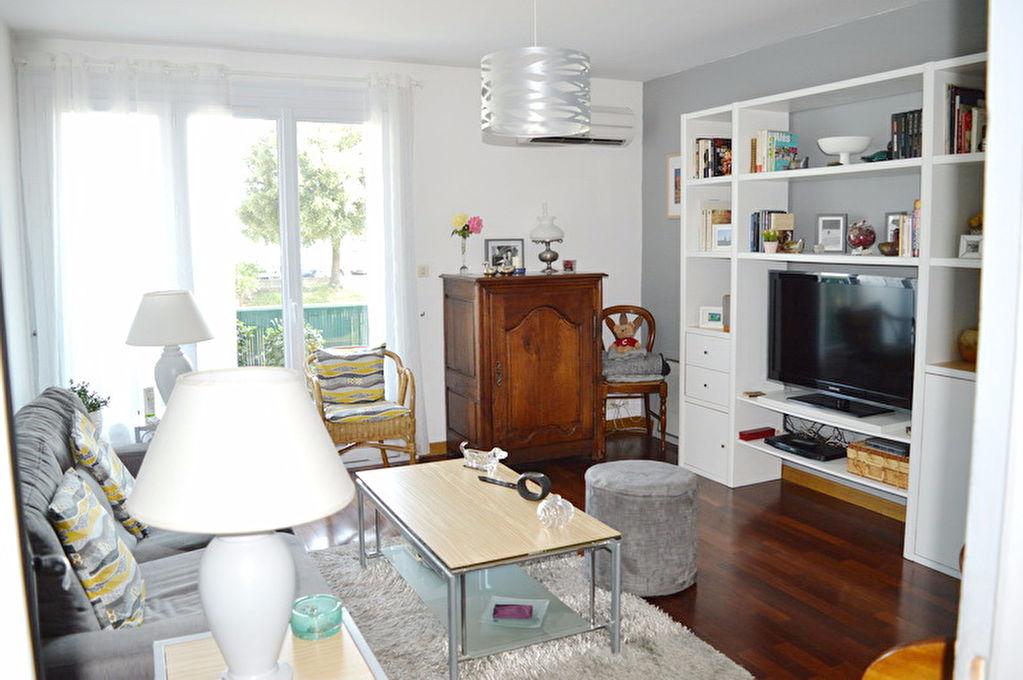 Appartement Alès 2 pièces 56 m2 GARAGE balcon