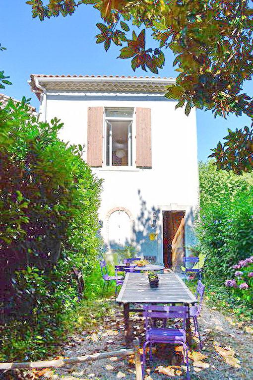 Alès appartement  3 pièces avec jardinet au calme