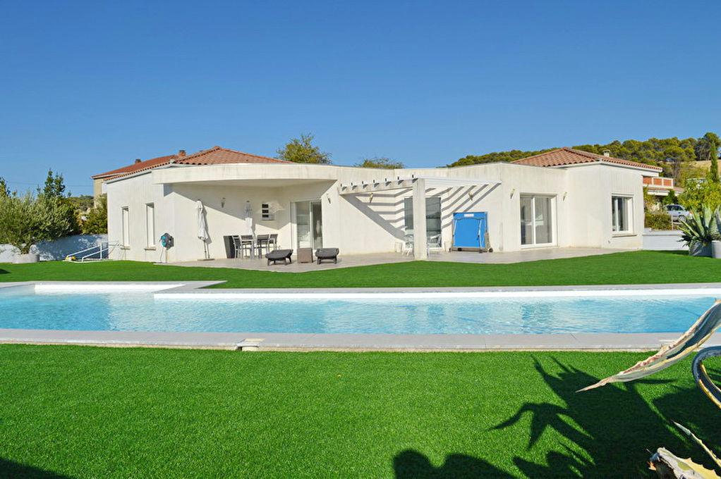 Villa  7 pièce(s) 184 m2