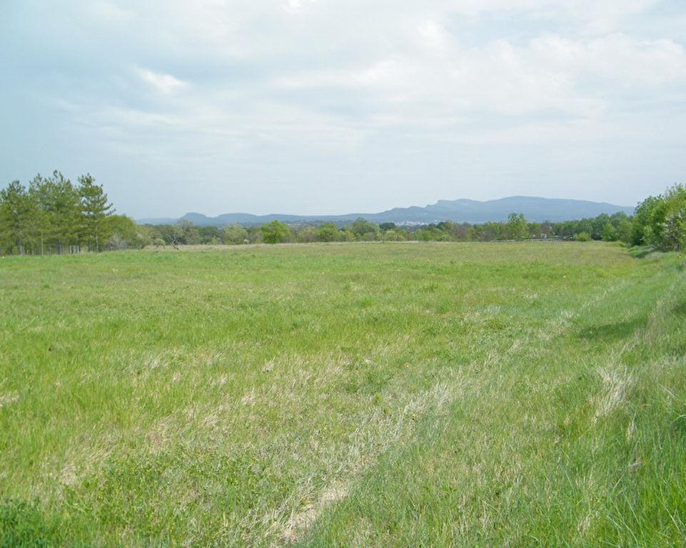 Rousson terrain constructible de 1755m2 au calme avec vue dégagé