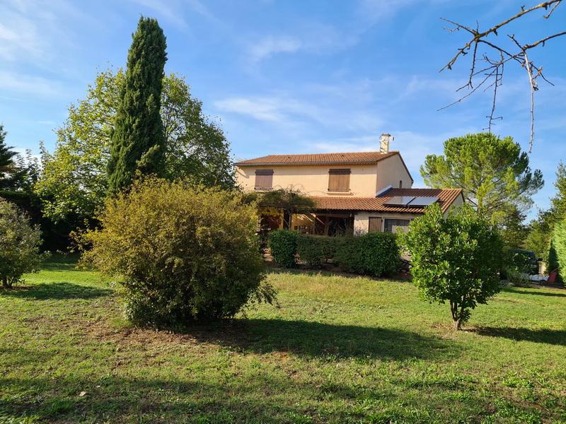 Villa  7 pièces 179 m2 terrain 2403 m2