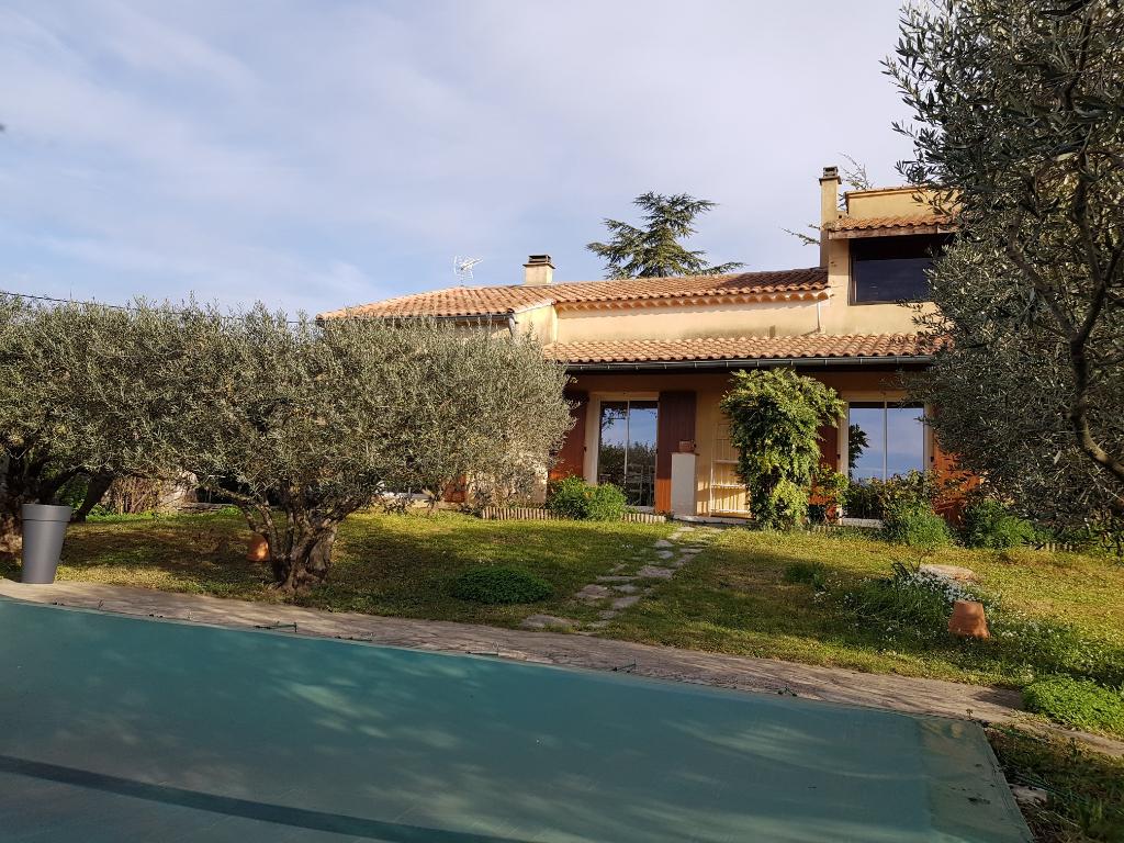 Maison  à vendre 7 pièces 156 m2  terrain 2564 m2 Salindres Gard
