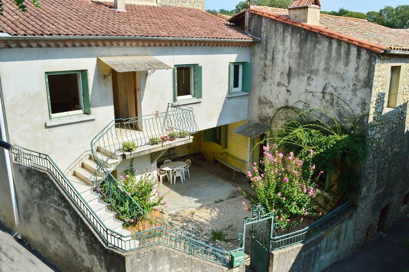Maison de village  7 pièces 141 m2 2 appartements