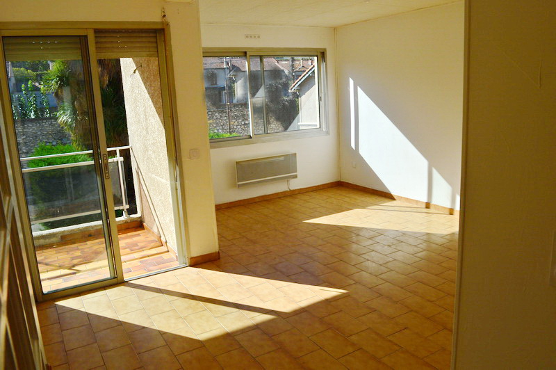 Appartement  3 pièces 61m2 terrasse parking