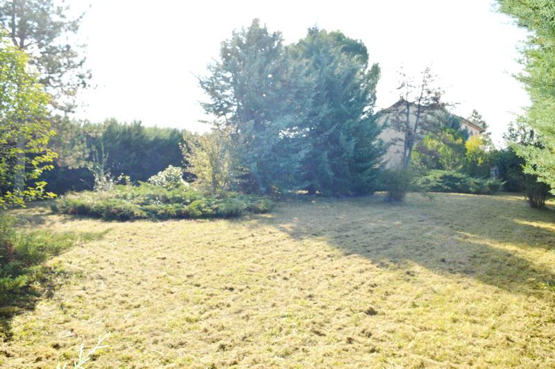 Terrain Saint-Christol-Les- Ales 800 m2  plat et arboré
