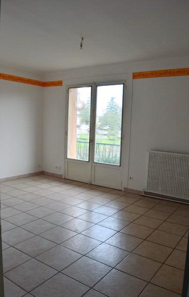 Appartement  2 pièces  41 m2 balcon cave