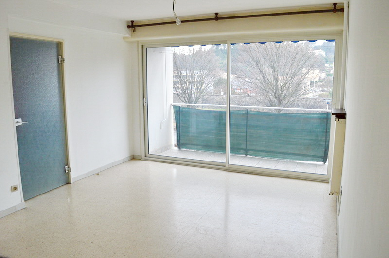 Appartement Ales 2 pièces 49 m2 garage cave