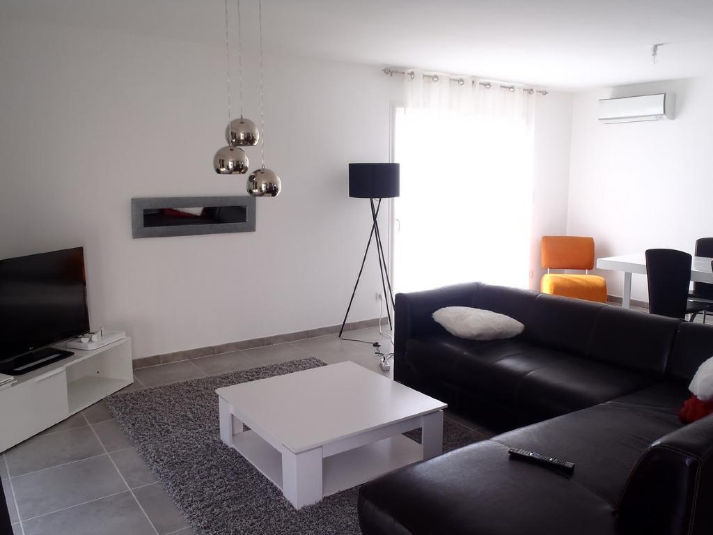 Villa Corneilhan 4 pièce(s) 98 m2