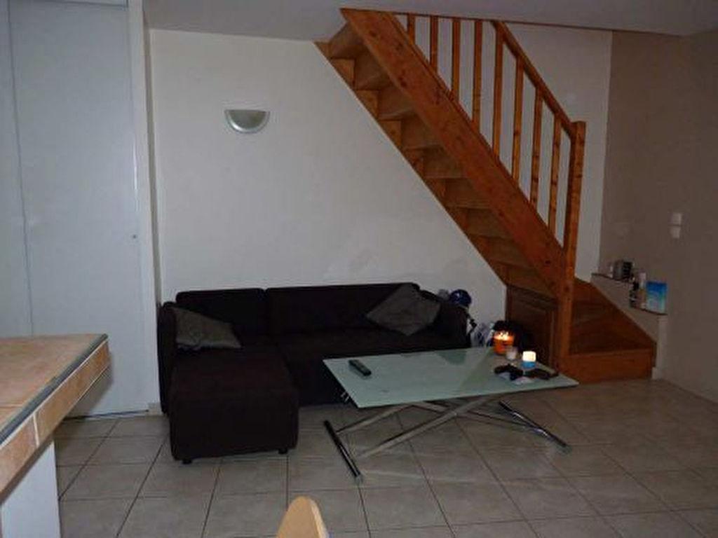 Maison Lignan Sur Orb 3 pi�ce(s) 70 m2