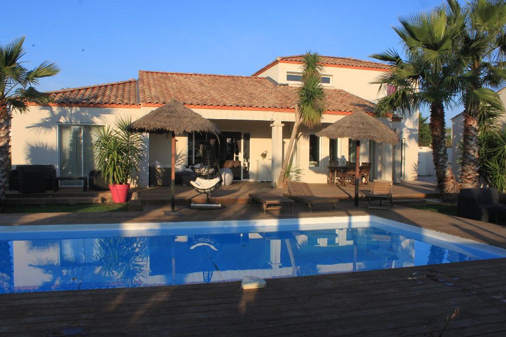 Villa Agde 5 pièce(s) 170 m2