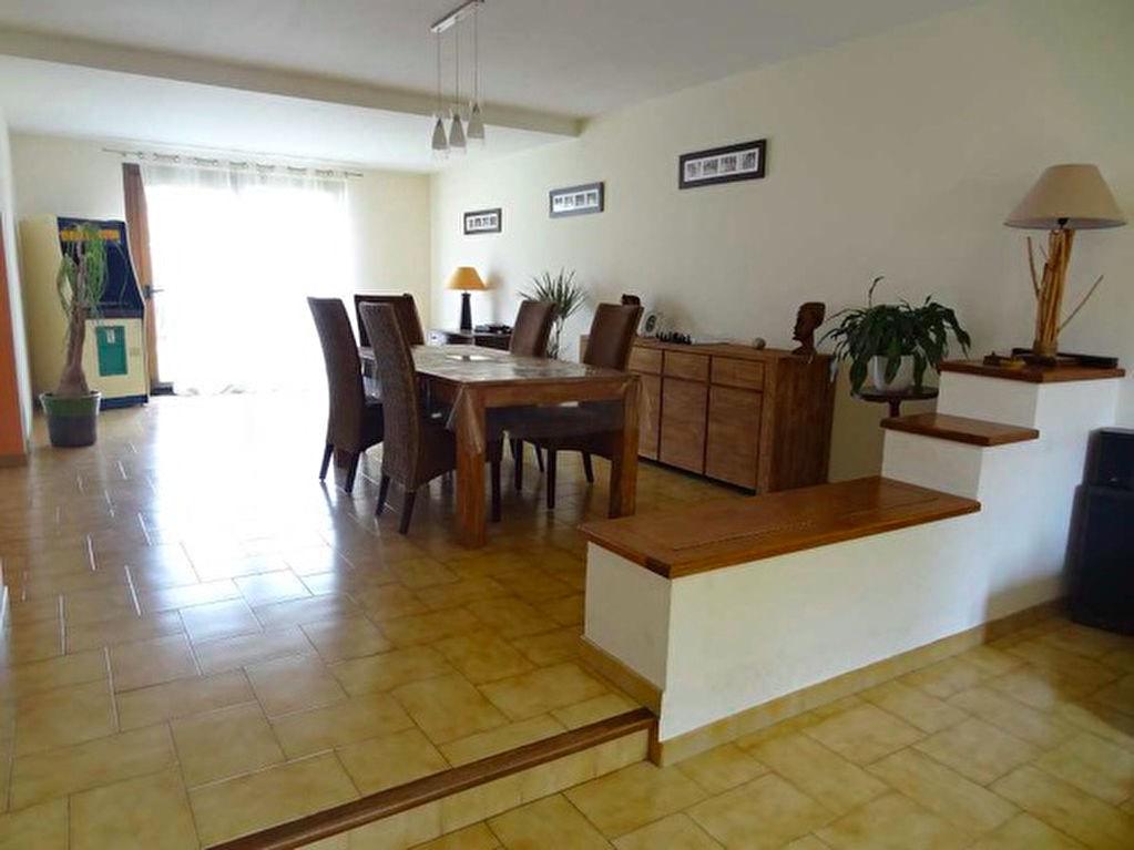 Villa Lignan Sur Orb 5 pièce(s) 150 m2