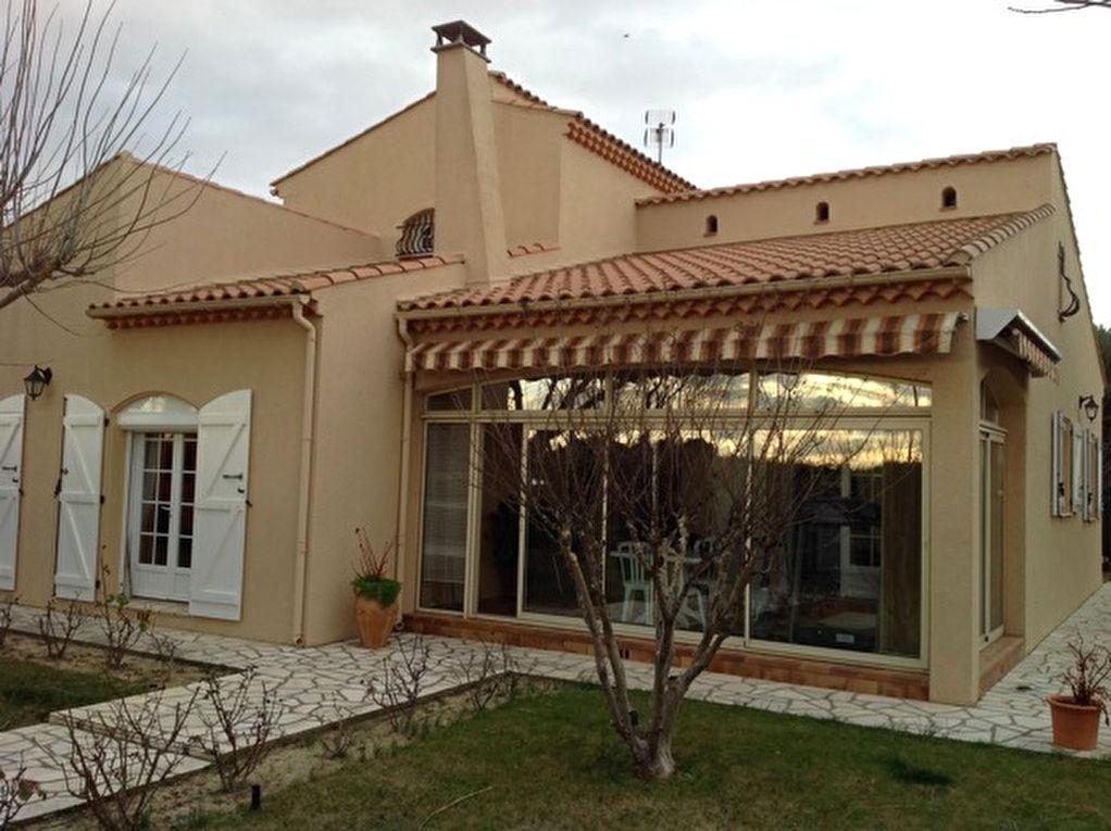 Villa Lignan Sur Orb 4 pi�ce(s) 125 m2