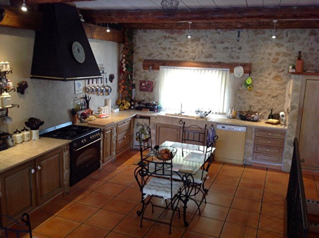 Maison Maraussan 5 pièce(s) 240 m2
