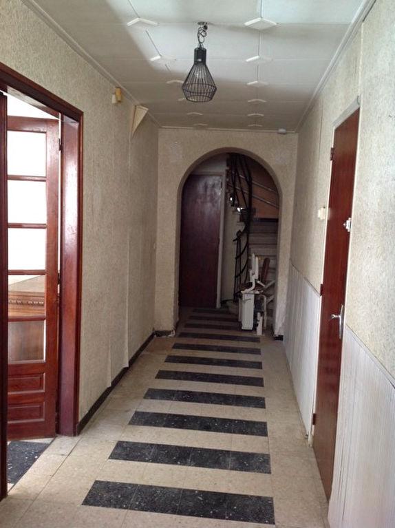 Maison Corneilhan 6 pièce(s) 135 m2