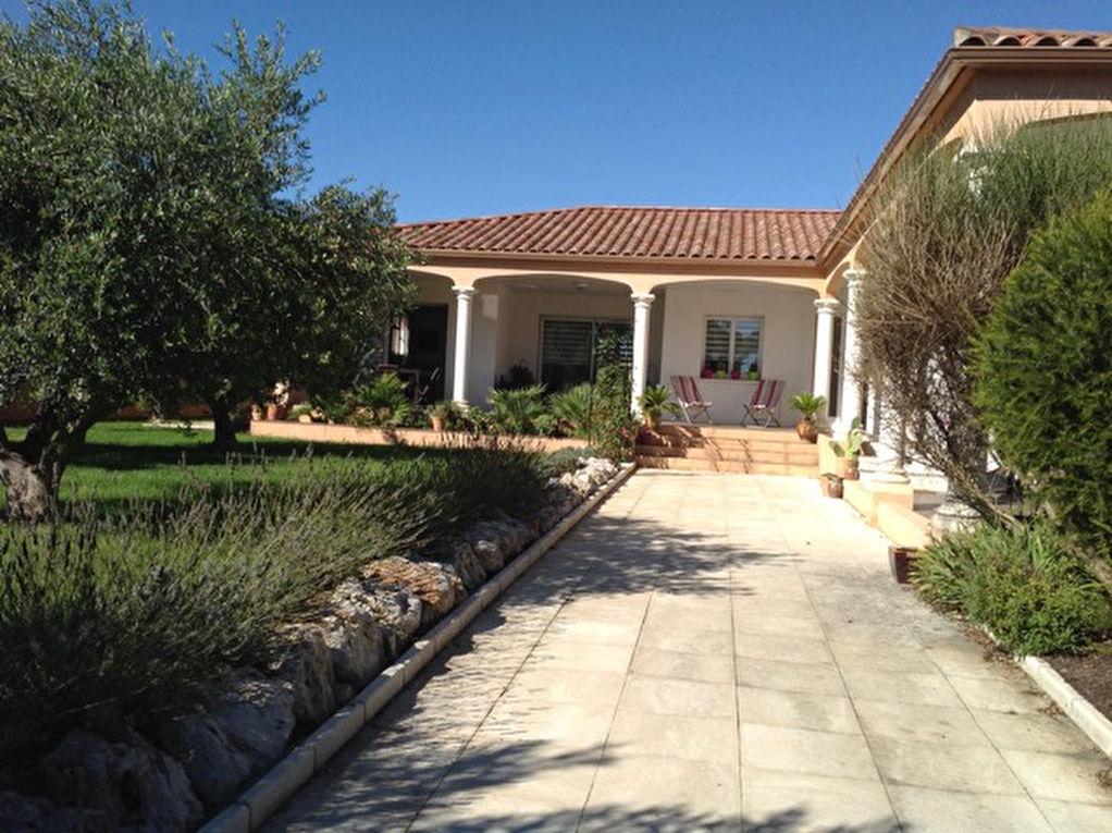 Villa Thezan Les Beziers 5 pièce(s) 144 m2