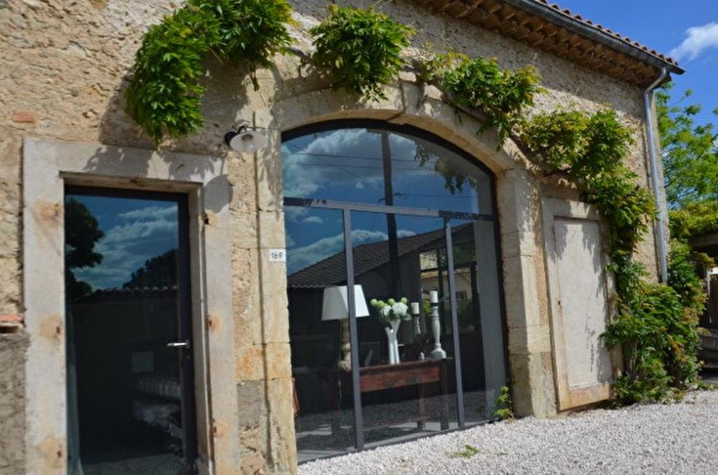Maison Lignan Sur Orb 7 pièce(s) 330 m2