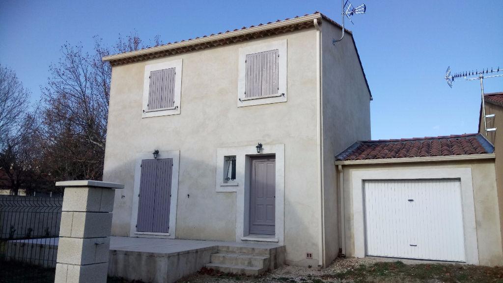 villa 4 pieces 30130 pont saint esprit