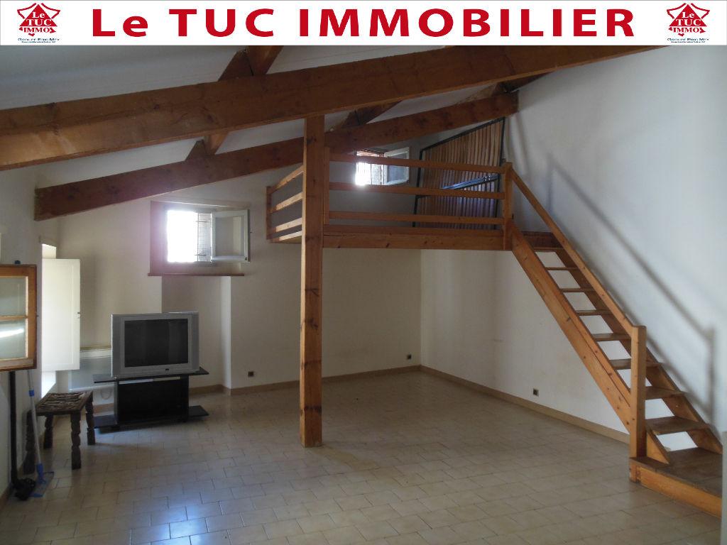 Appartement Bollene 1 pièce(s) 35 m2