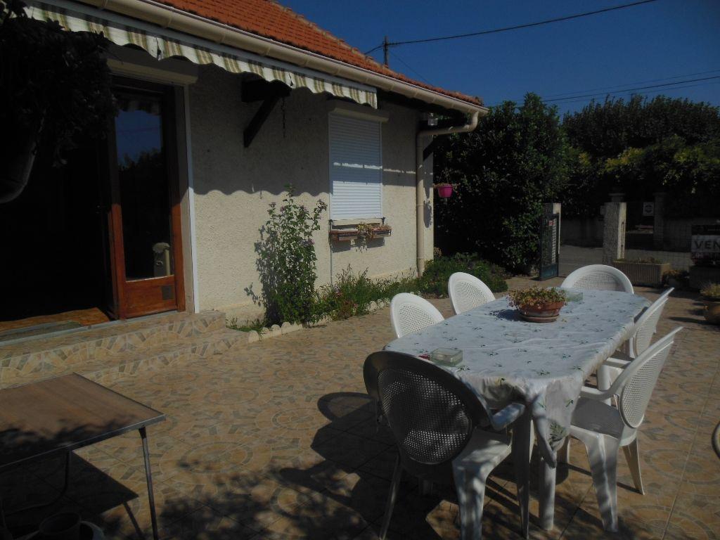 Villa  84500 Bollène 4 pièce(s) 105 m2