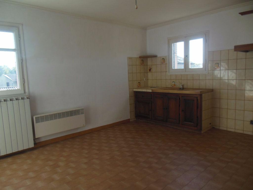 Appartement 84840 Lapalud 2 pièce(s) 42 m2