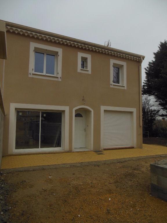 Villa 84500 Bollene 5 pièce(s) 105 m2
