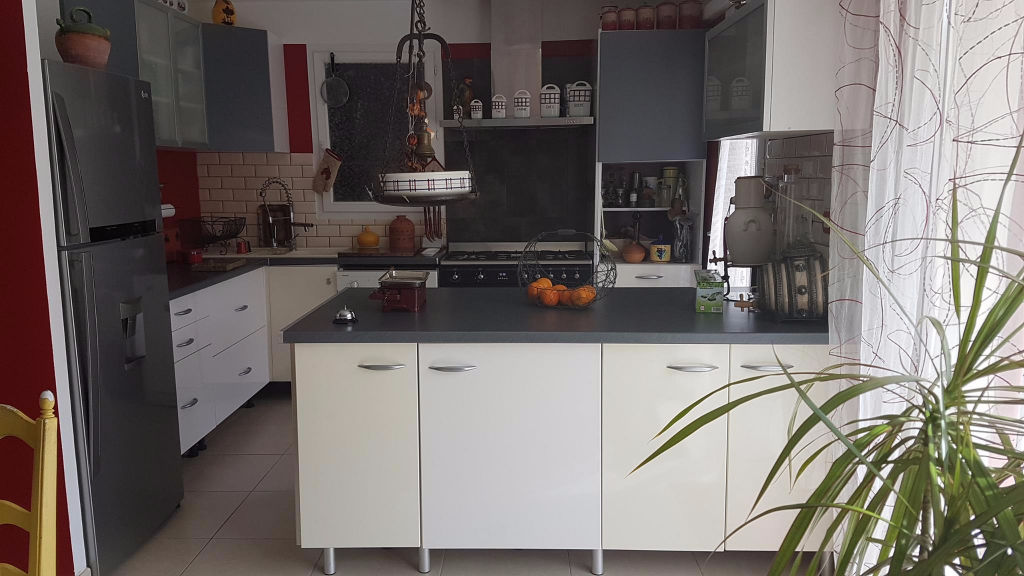 Villa 26790 Suze La Rousse 4 pièce(s) 95 m2