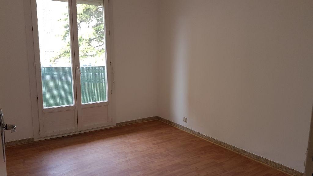 Appartement Saint Paul Trois Chateaux 4 pièce(s) 66.20 m2