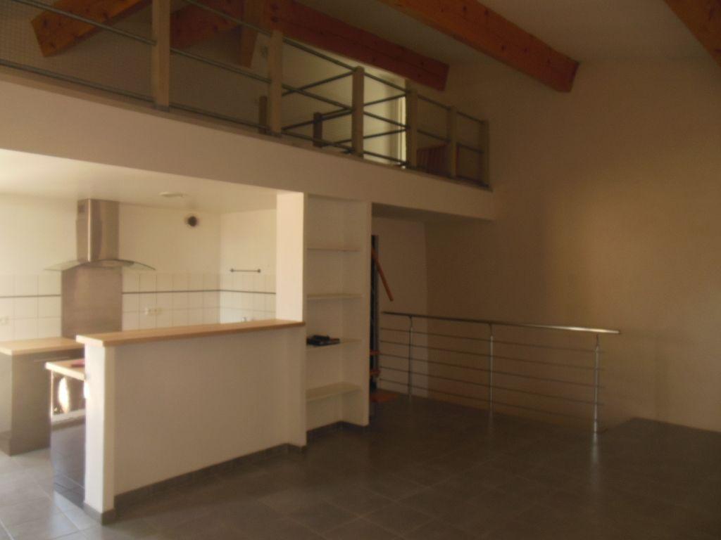 Appartement 84430 Mondragon 4 pièce(s)