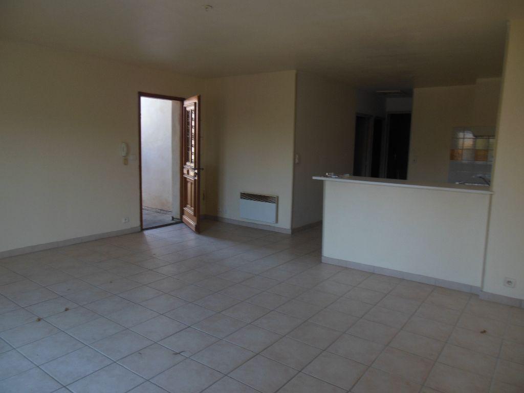 Appartement 84500 Bollene 3 pièce(s) 69 m2