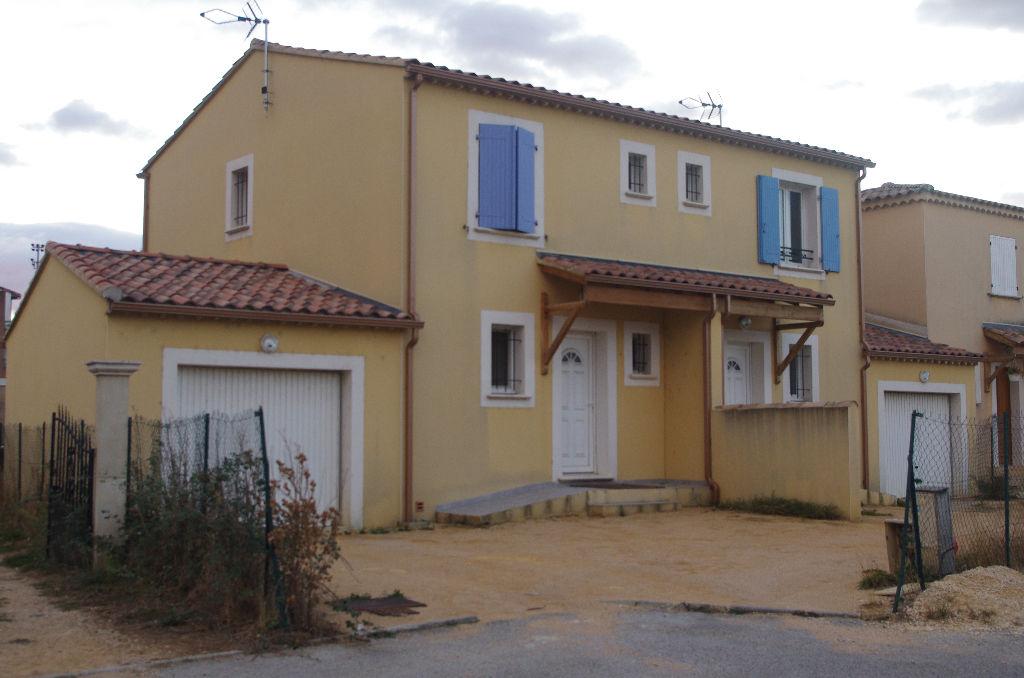 villas 30130 pont saint esprit 4 pièce(s) 134 m²