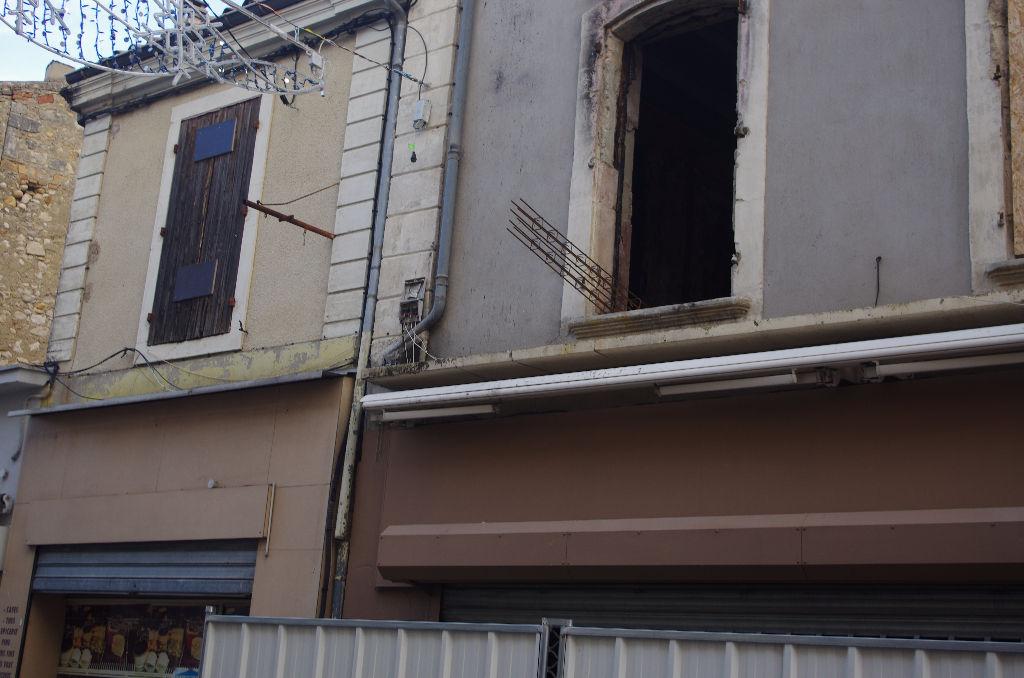 Immeuble 26700 PIERRELATTE 6 pièce(s) 141 m2