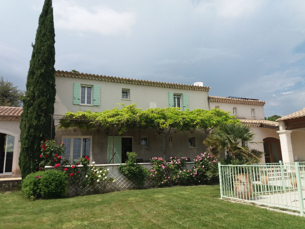Villa Bourg Saint Andeol 8 pièce(s) 210 m2
