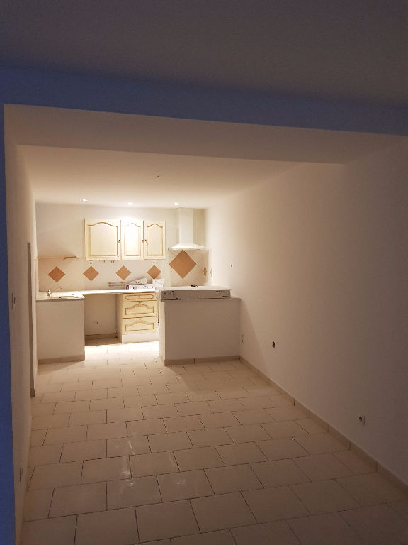 Appartement 26790 Rochegude 4 pièce(s) 100 m2