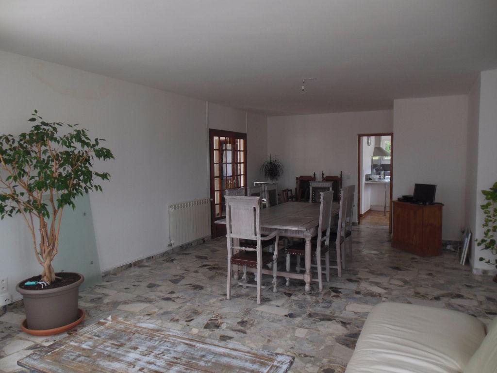 Maison 84500 Bollene 9 pièce(s) 268 m2